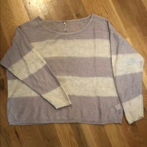 Free People sweater size M.